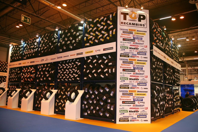 Gran despliegue de top recambios en motortec automechanika for Top recambios alzira